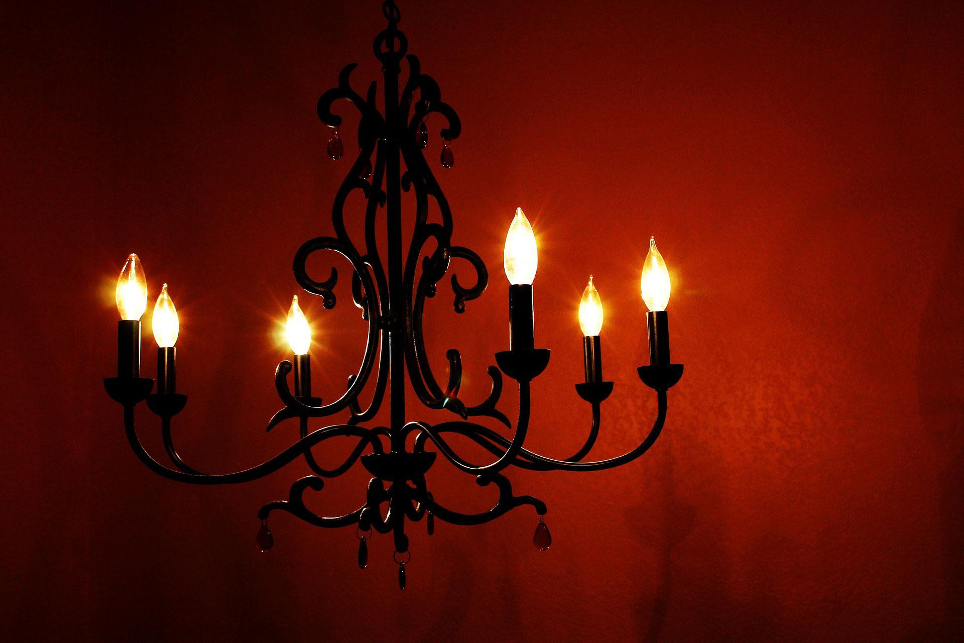 Mobili In Stile Gotico l'arredamento noir, non solo per halloween! | pratelli